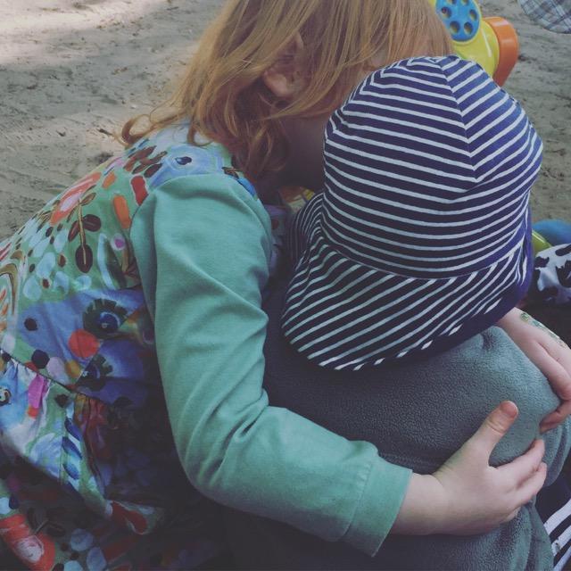 Rückblick auf die Elternzeit: Geschwisterliebe
