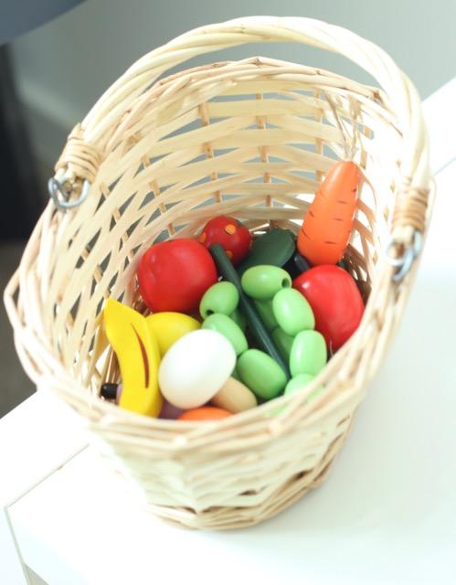 Obst und Gemüse vom Kaufmannsladen, Spielzeug mieten bei kilenda